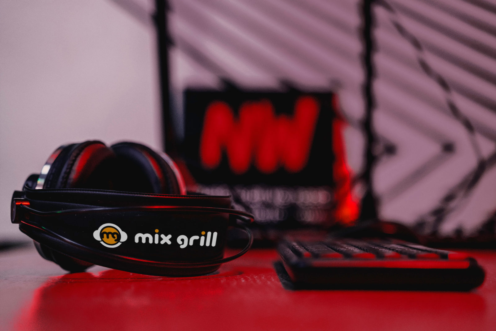 Radio Nowhere Mix Grill Together